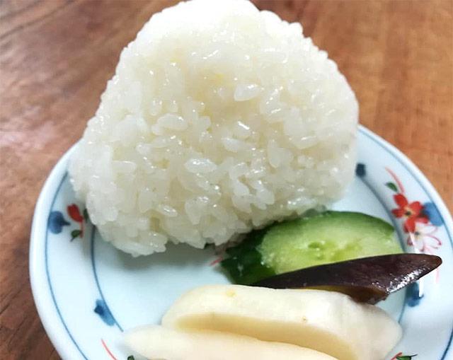 仁多米コシヒカリのおむすび
