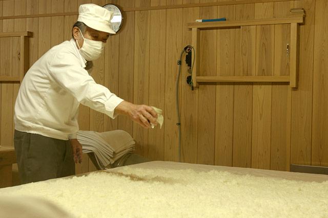 「蒸し米造り」