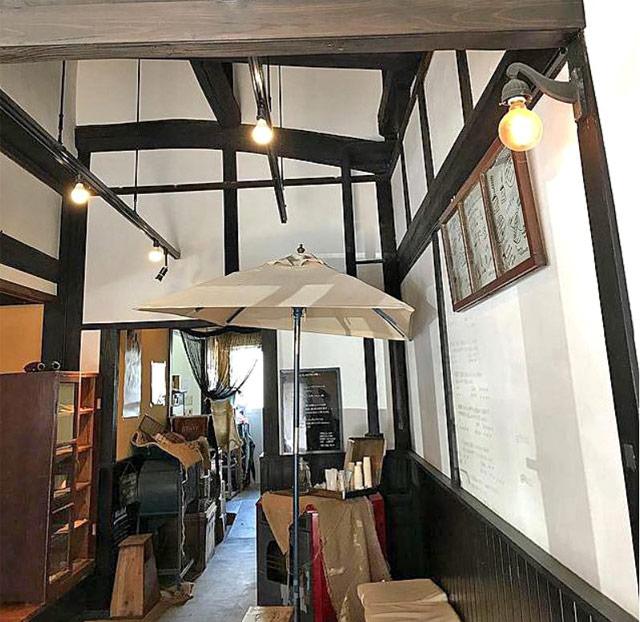 カフェならではのオシャレな空間